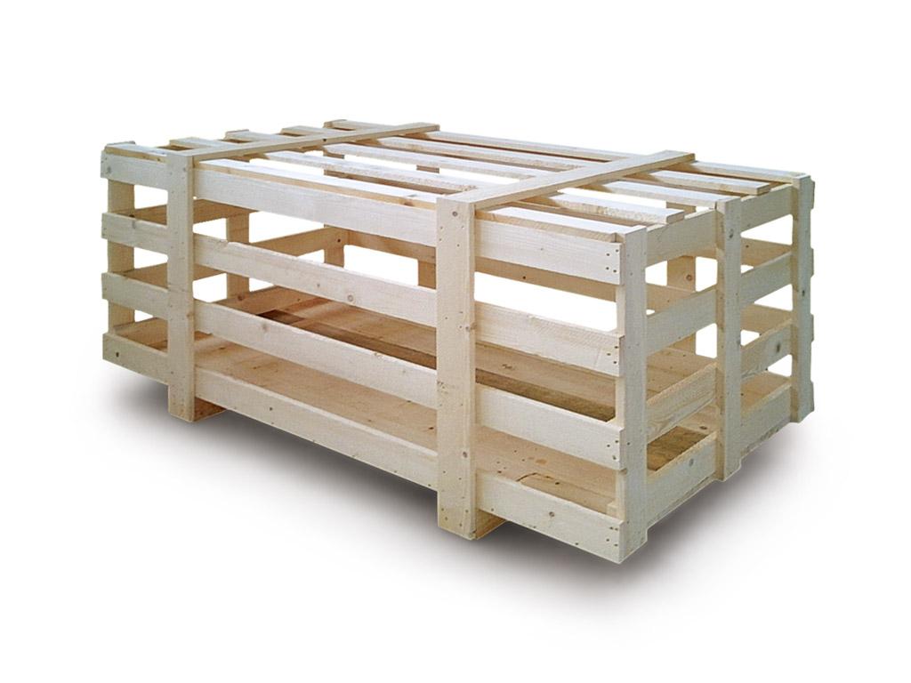 gabbia in legno su misura